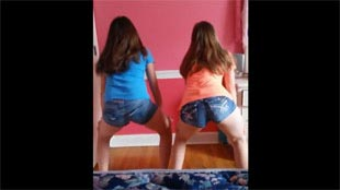 Girls twerk party  video
